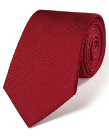 Red silk classic plain tie