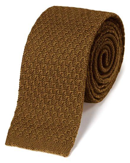 Schmale klassische Strickkrawatte aus Wolle in Dunkelgelb