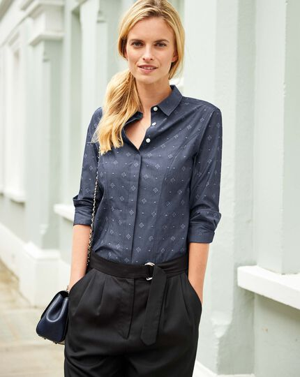 Women's semi-fitted non-iron denim blue jacquard chambray shirt