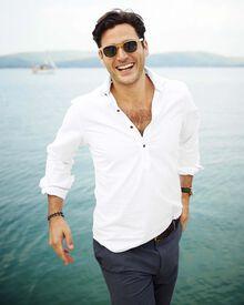 Slim fit cutaway collar popover white shirt