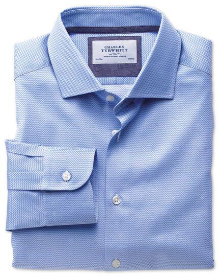 Classic fit semi-cutaway collar business casual sky blue shirt