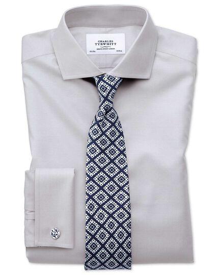 Bügelfreies Slim Fit Twill-Hemd mit Haifischkragen in Grau