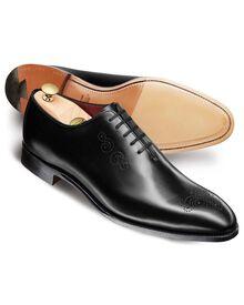 Black Arthur calf leather wholecut shoes