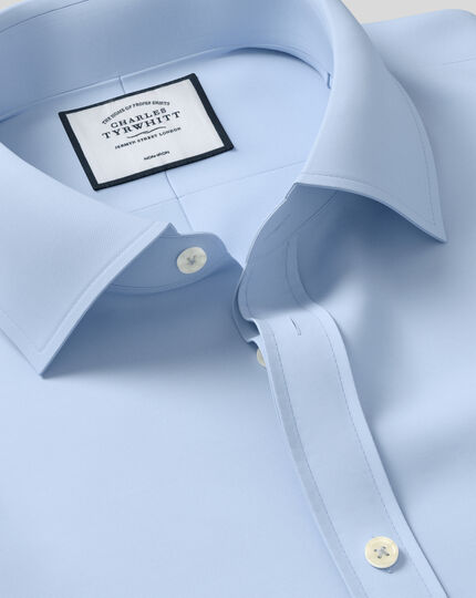 Bügelfreies Slim Fit Twill-Hemd in Himmelblau