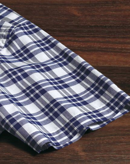 Classic fit poplin short sleeve navy check shirt