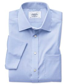 Bügelfreies Slim Fit Pinpoint-Kurzarmhemd in Himmelblau