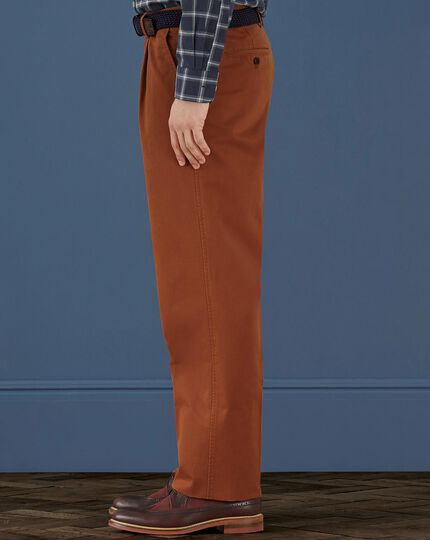 Burnt orange classic fit single pleat weekend chinos