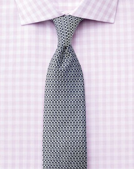 Slim fit semi-cutaway collar textured gingham lilac shirt