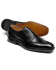 Larrick Derby-Schuh mit Einfassung in schwarz