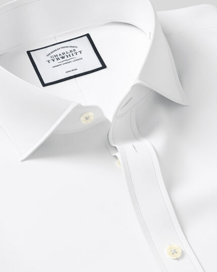 Classic fit cutaway collar non-iron twill white shirt