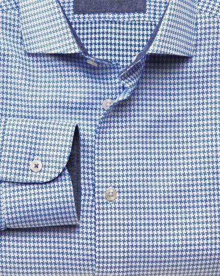 Slim fit semi-cutaway collar business casual textured sky blue shirt