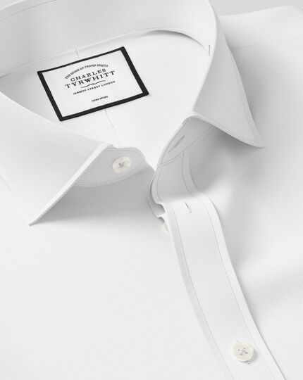 Extra slim fit spread collar non-iron herringbone white shirt
