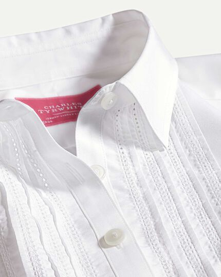 Women's semi-fitted pintuck white essential shirt