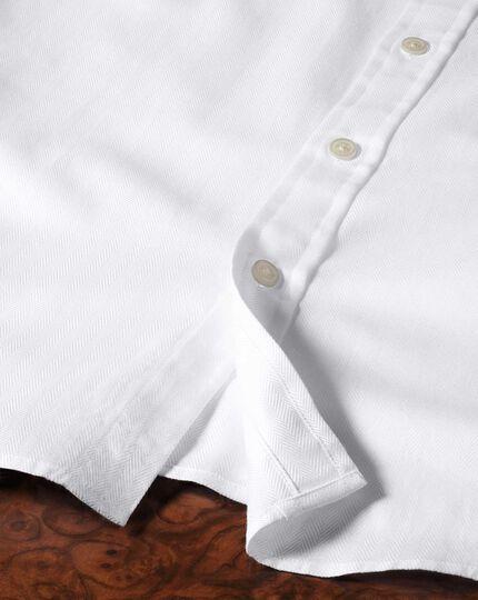 Classic Fit Hemd aus Pima-Baumwolle in weiß mit Fischgrätmuster
