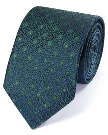 Luxuriöse englische Seidenkrawatte in Waldgrün mit geometrischem Muster