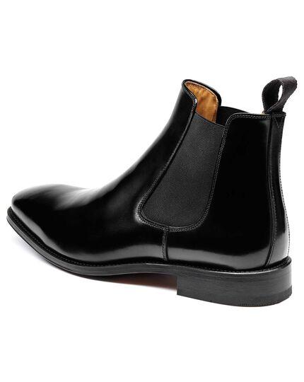 Black Millbrook Chelsea boots