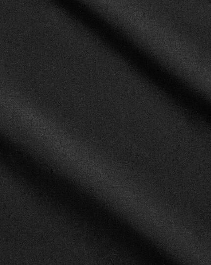Slim fit cutaway non-iron poplin black shirt