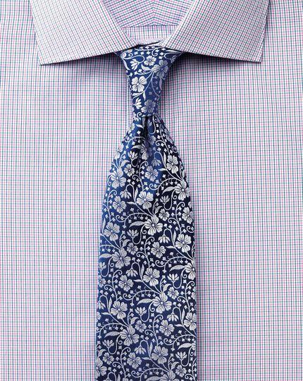 Extra slim fit semi-spread collar luxury poplin blue and pink shirt