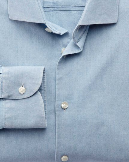 Slim Fit Business-Casual Chambray-Hemd mit Semi-Haifischkragen in Jeansblau