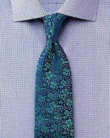 Extra slim fit semi-cutaway collar luxury poplin navy and blue shirt