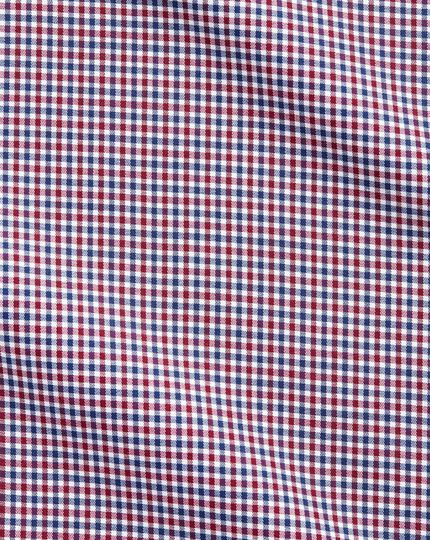 Slim fit semi-spread collar business casual gingham red and navy shirt