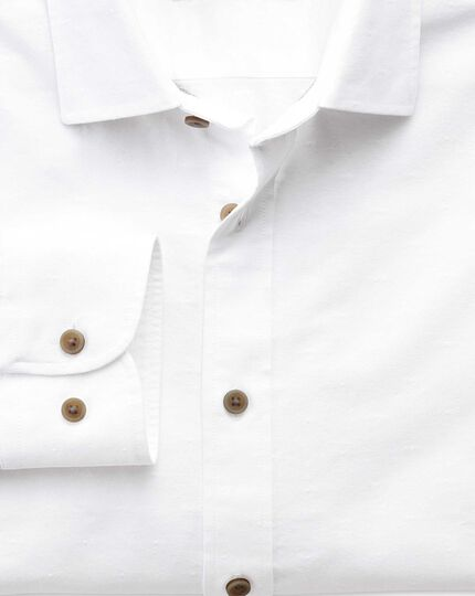 Slim fit spread collar white dobby textured spot shirt