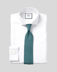 Slim fit spread collar non-iron herringbone white shirt