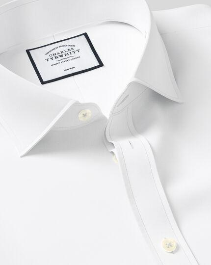 Slim fit spread collar non-iron twill white shirt