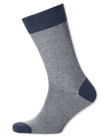 Socken in Marineblau mit Waffelmuster