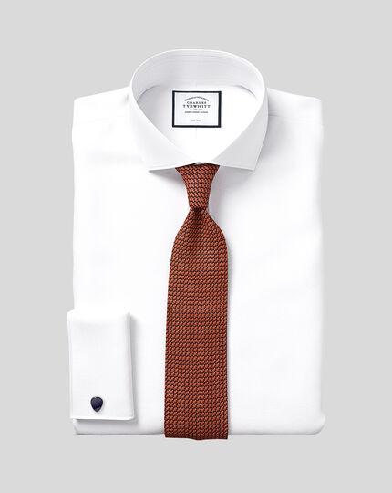 Extra slim fit spread collar non-iron herringbone white shirt