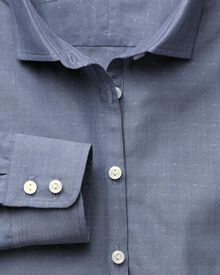 Women's semi-fitted dobby texture chambray shirt