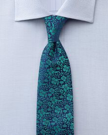 Classic fit semi-cutaway collar pindot navy shirt