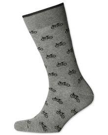 Socken in Grau und Schwarz mit Fahrrad