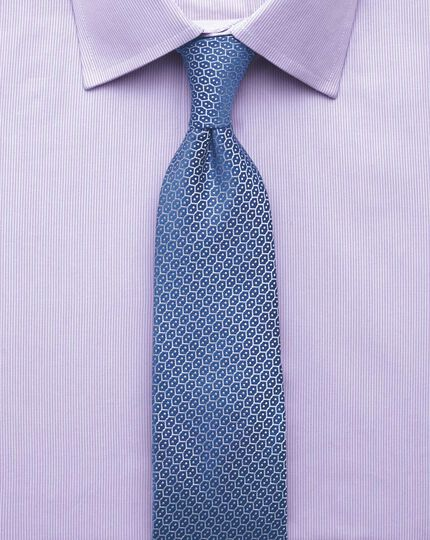 Extra slim fit fine stripe lilac shirt