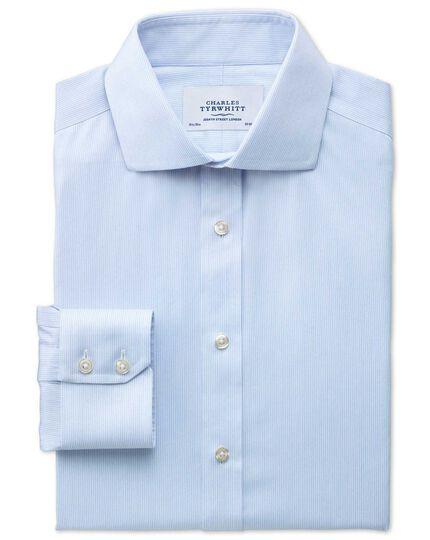 Bügelfreies Extra Slim Fit Hemd mit Haifischkragen in himmelblau mit Mouliné-Streifen