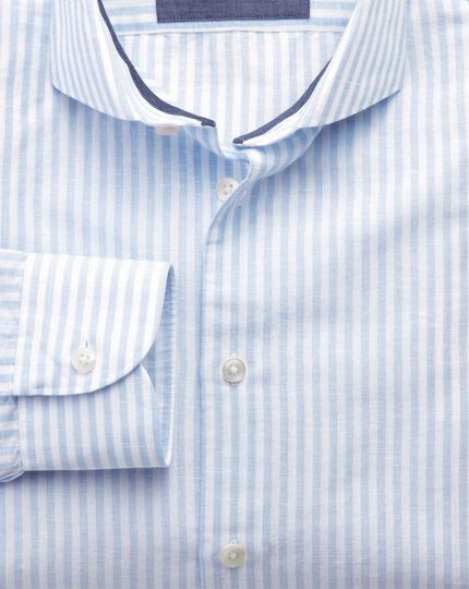 Slim fit cutaway collar business casual sky blue and white striped shirt
