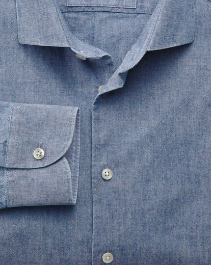 Classic fit semi-spread collar business casual chambray mid blue shirt