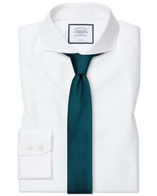 Slim fit extreme cutaway collar non-iron twill white shirt