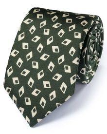Luxuriöse italienische Seidenkrawatte in waldgrün mit Diamantenmuster