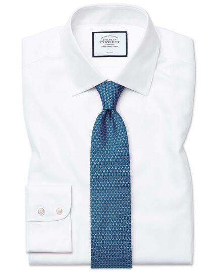 Bügelfreies Slim Fit Hemd aus Royal-Panama in Weiß