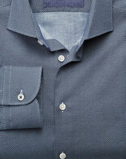 Classic fit semi-cutaway collar business casual circle print navy shirt