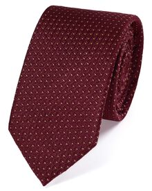 Slim burgundy silk neat pattern classic tie