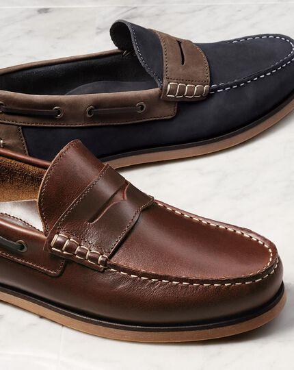 Brown Oakham boat shoes