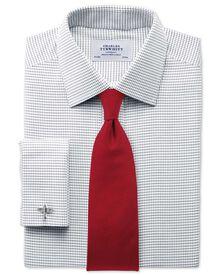 Bügelfreies Classic Fit Hemd in schwarz und weiß