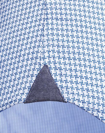 Slim fit semi-spread collar business casual textured sky blue shirt