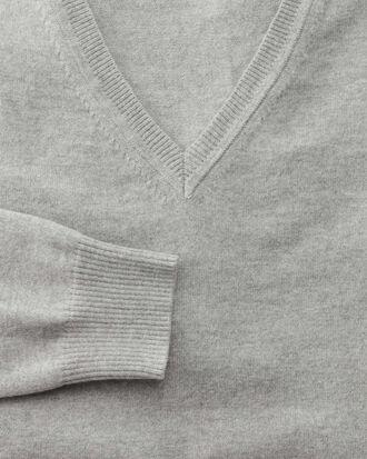 Light grey cotton cashmere v-neck jumper