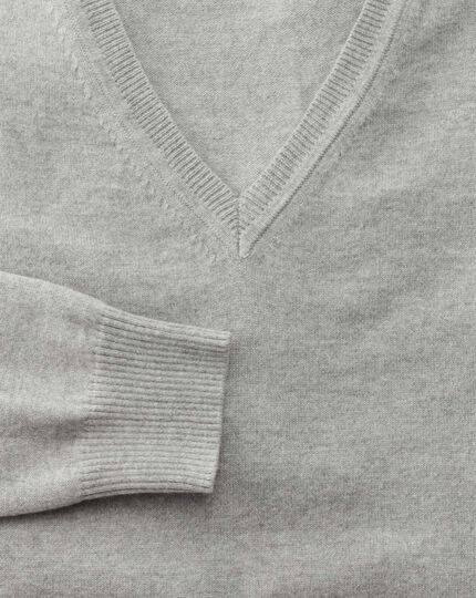 Light grey cotton cashmere v-neck jumper