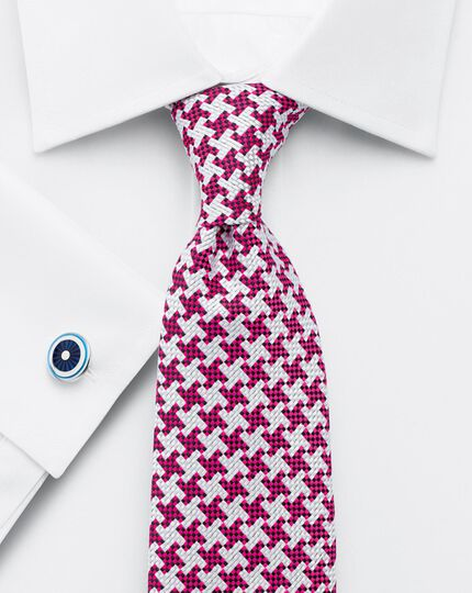 Pink silk luxury oversized end-on-end puppytooth tie