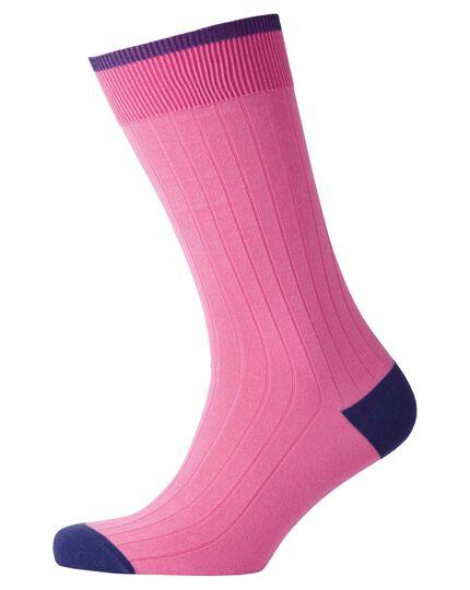 Rippstrick-Socken in hellrosa