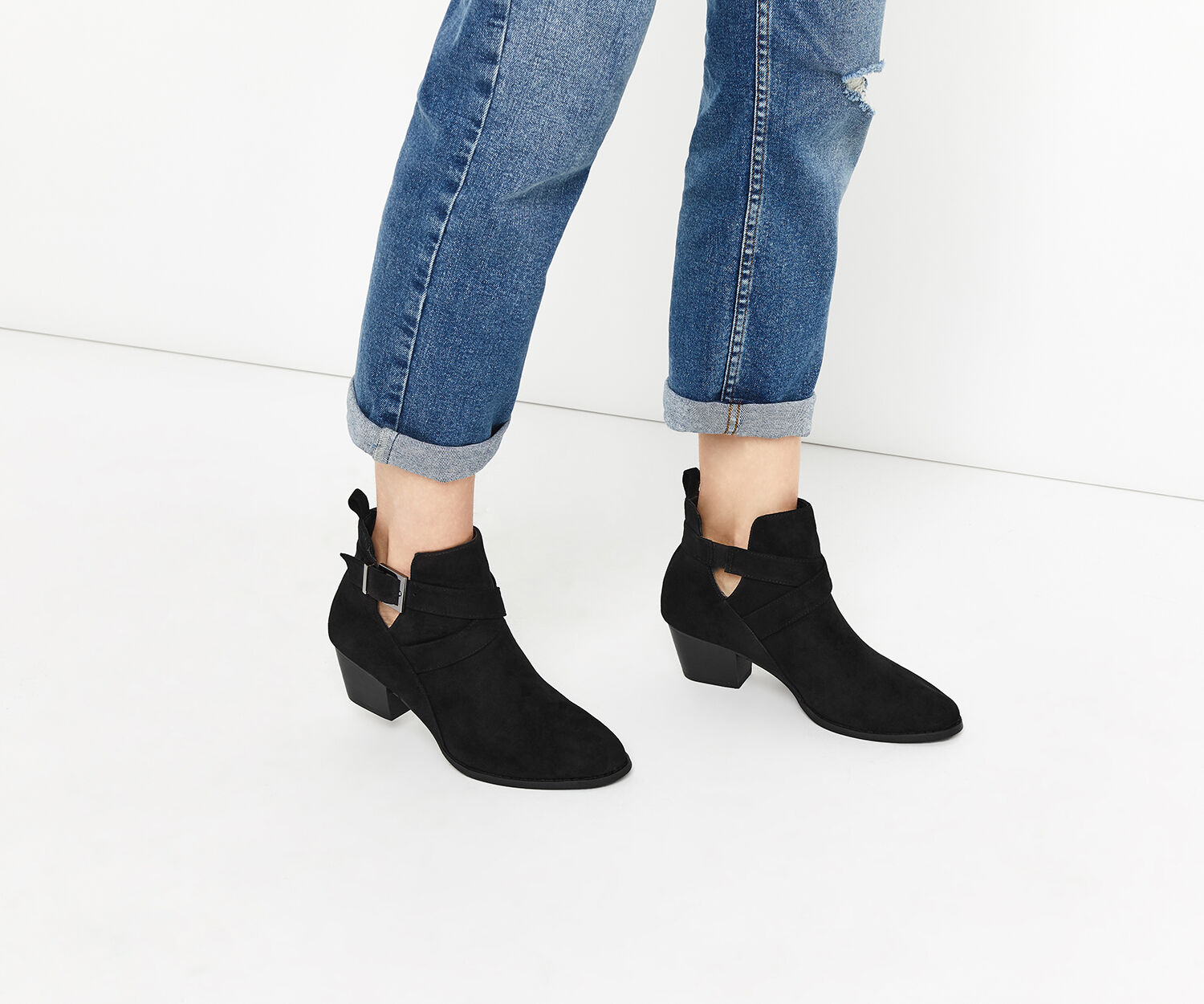 Oasis, CUT OUT ANKLE BOOT Black 1